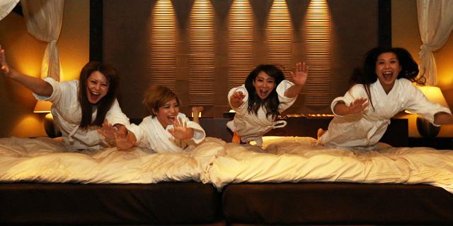 「女子会 ホテル」の画像検索結果